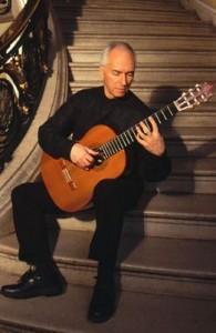 john williams 195x300 جان ویلیامز و نکاتی در زمینه صدادهی در گیتار کلاسیک