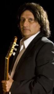 event5865 173x300 مصاحبه اختصاصی با نوازنده بر جسته ایران اردشیر فرح
