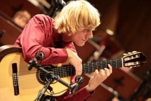 marek pasieczny 300x201 Marek Pasieczny نوازنده و آهنگساز گیتار کلاسیک