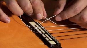 016 Restringing Nylon String r2 xxxlarge 300x168 آموزش تصویری بستن سیم گیتار کلاسیک