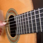 classical-guitar-strings