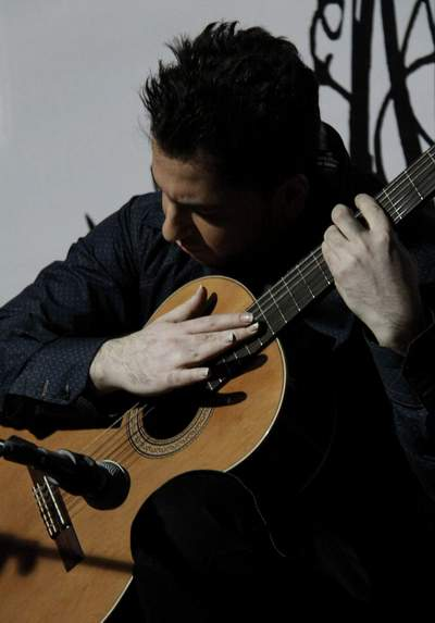 http://www.guitarsara.com/wp-content/uploads/2017/11/300.jpg